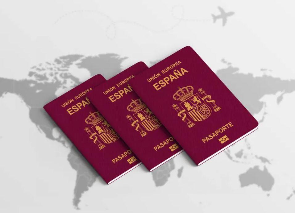 Tengo tarjeta comunitaria puedo pedir la nacionalidad española